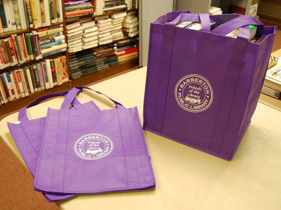 Friends of the Library tote bags